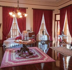 身支度のために使用されたカピオラニ王妃の寝室
