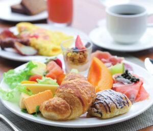 マウナケアビーチホテルの朝食ビュッフェ