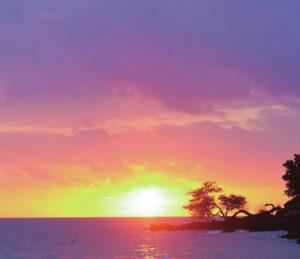 マウナケアビーチホテルからの夕日
