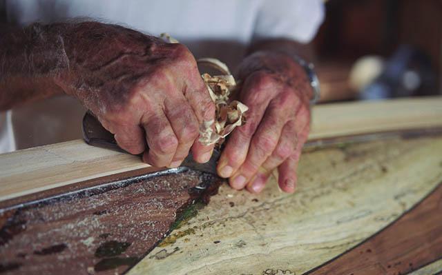木製サーフボード